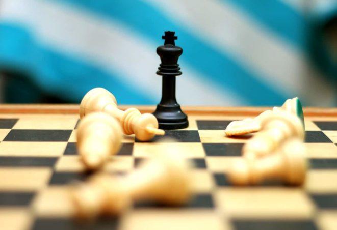 chess-checkmate-king