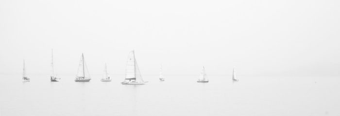 sea-black-and-white-ocean-boats-1